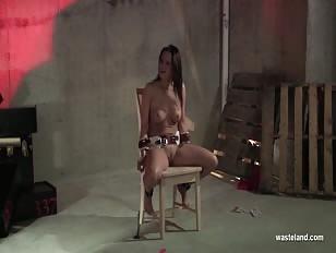 Bondage Mishap